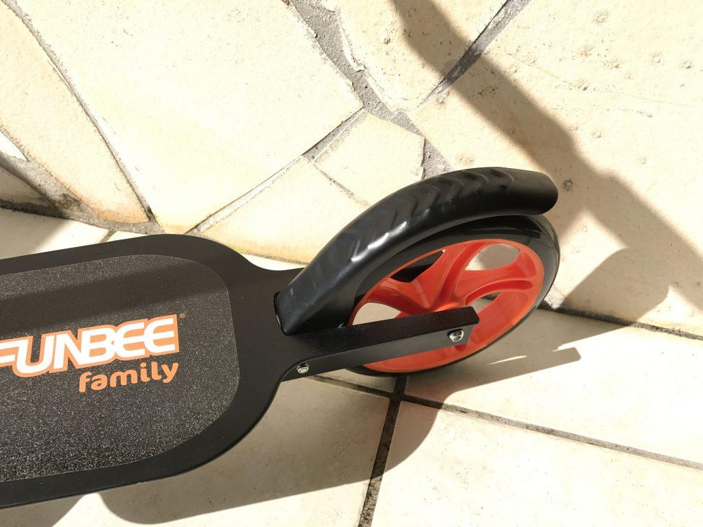 trottinette Funbee Familly guidon roue et frein
